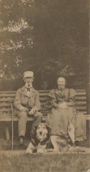 Sophie koos abikaasa Eugen Gotthard von Ungern-Sternbergiga 20. sajandi alguses. (Rahvusarhiiv)