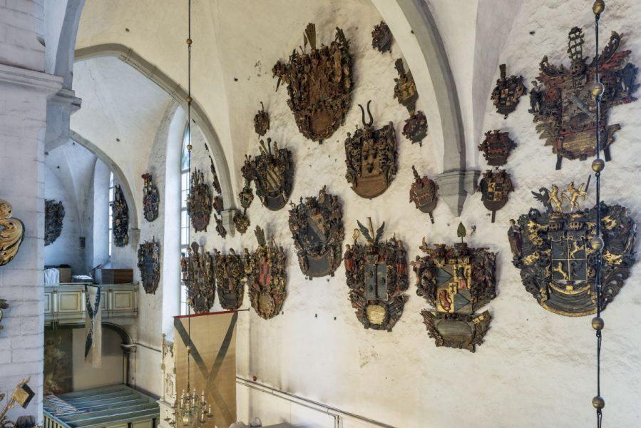 Aadlike vappepitaafid Tallinna toomkirikus